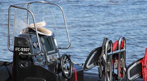 Styr och reglage i båt