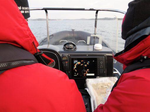 Manöverintyg för högfartsbåt och navigation
